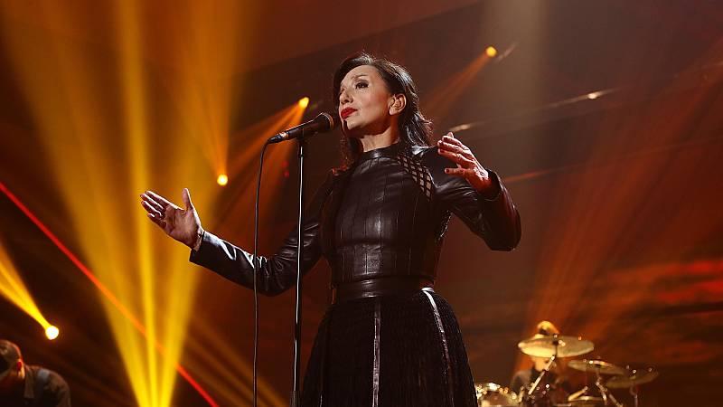 """OT 2018 - Luz Casal canta """"Miénteme al oído"""" en la gala de Navidad"""
