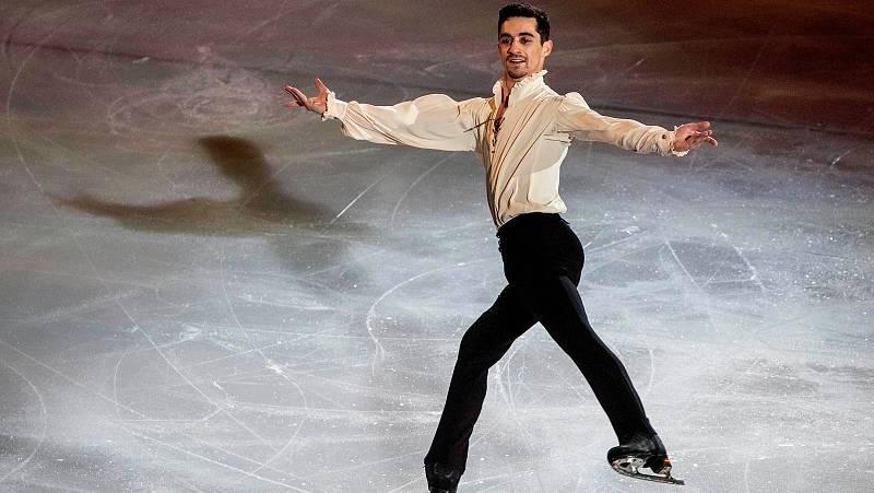 El patinador Javier Fernández ha llevado su espectáculo a Gran Canaria, penúltima parada antes de su paso por Madrid, el último de la gira.
