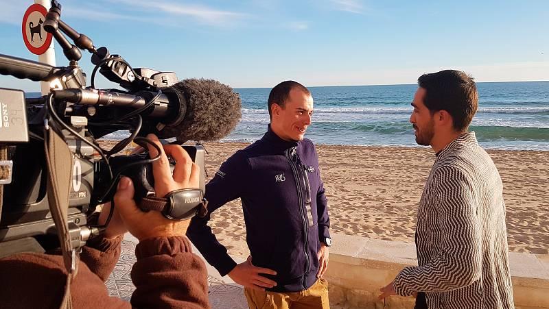 Alberto Contador y Enric Mas, maestro y discípulo, se han sentado ante las cámaras de TVE para hablar de ciclismo y de sus carreras en un cara a cara inédito.