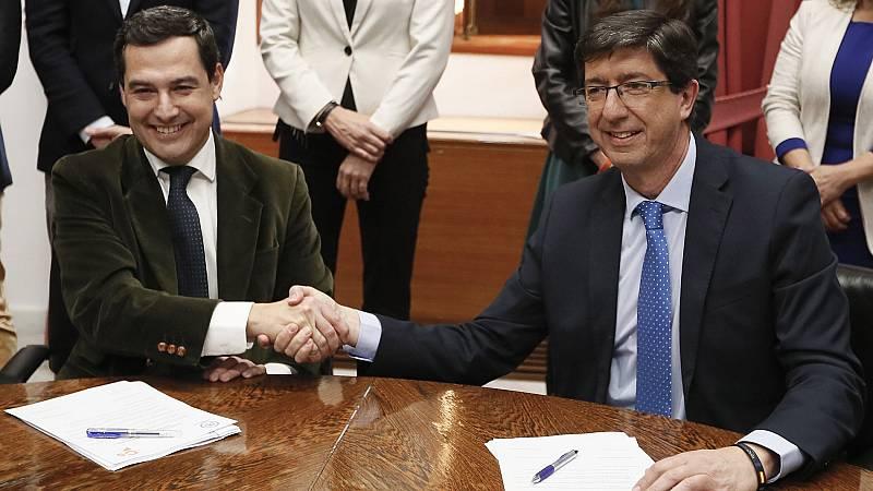 PP y Ciudadanos firman un Gobierno de coalición que reducirá las consejerías en la Junta