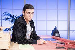 Maestros de la Costura - Lucas 20 años. Valencia. Estudiante de conservatorio.