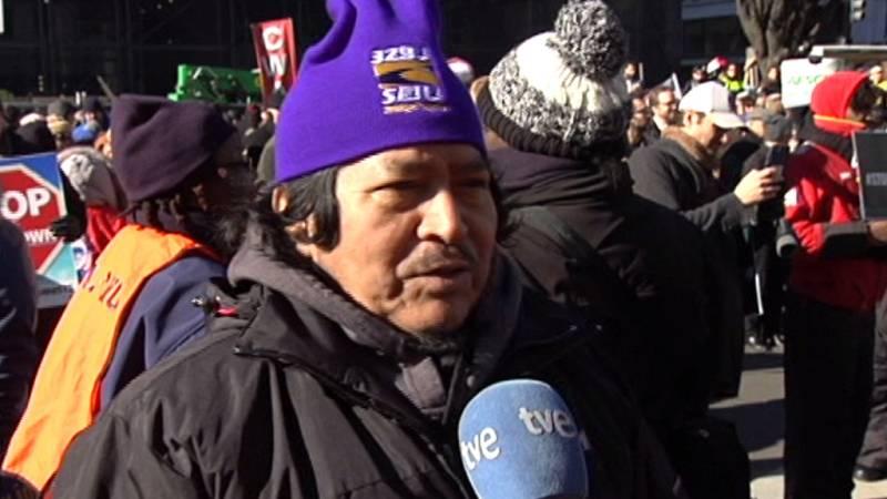 """José Armando Guzmán, empleado de mantenimiento: """"Pido que a Trump se le ablande el corazón"""""""