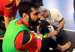 Susto de Rodrigo Corrales en el entrenamiento de España en Colonia