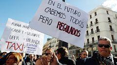Los taxistas protestan en Madrid y Barcelona y rechazan la regulación sobre VTC