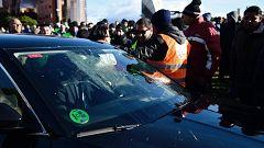 Uber y Cabify se plantean dejar de operar en Barcelona tras la propuesta del Govern