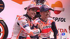 Márquez y Lorenzo, compañeros de equipo pero rivales en la pista
