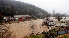 Las lluvias provocan la inundación de una central térmica en Asturias