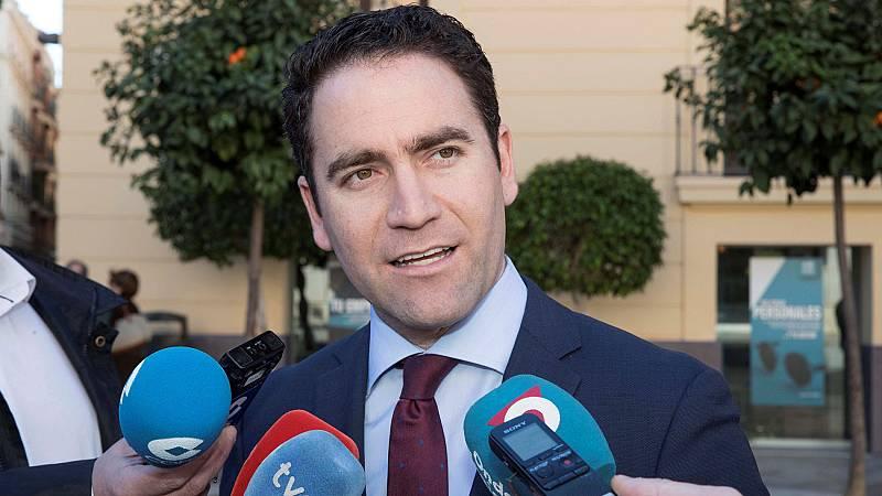 """PP y Ciudadanos critican a Sánchez porque no puede ser Maduro quien convoque """"elecciones libres"""""""