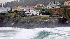 La borrasca Gabriel deja fuertes vientos y oleaje en el litoral cantábrico