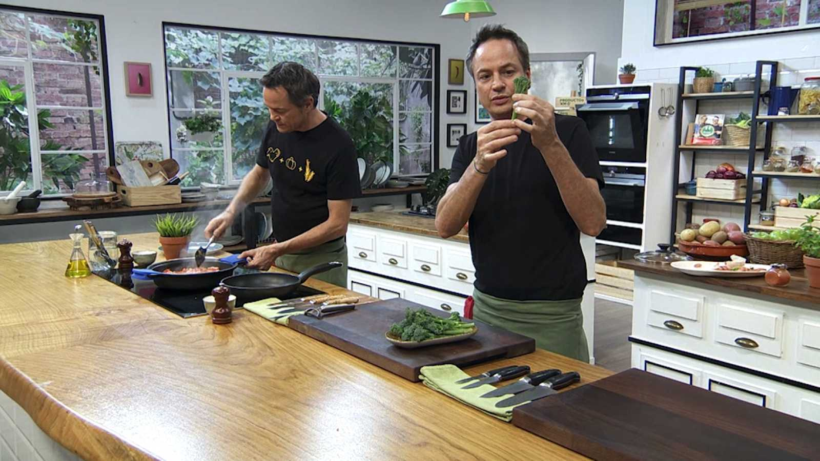 Torres en la cocina - Bimi con boloñesa y arroz de matanza - ver ahora