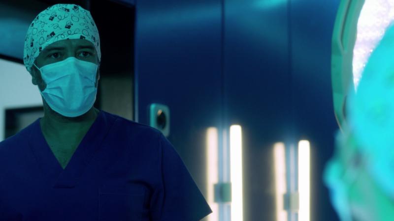 Hospital Valle Norte - Paula echa a Héctor de una operación