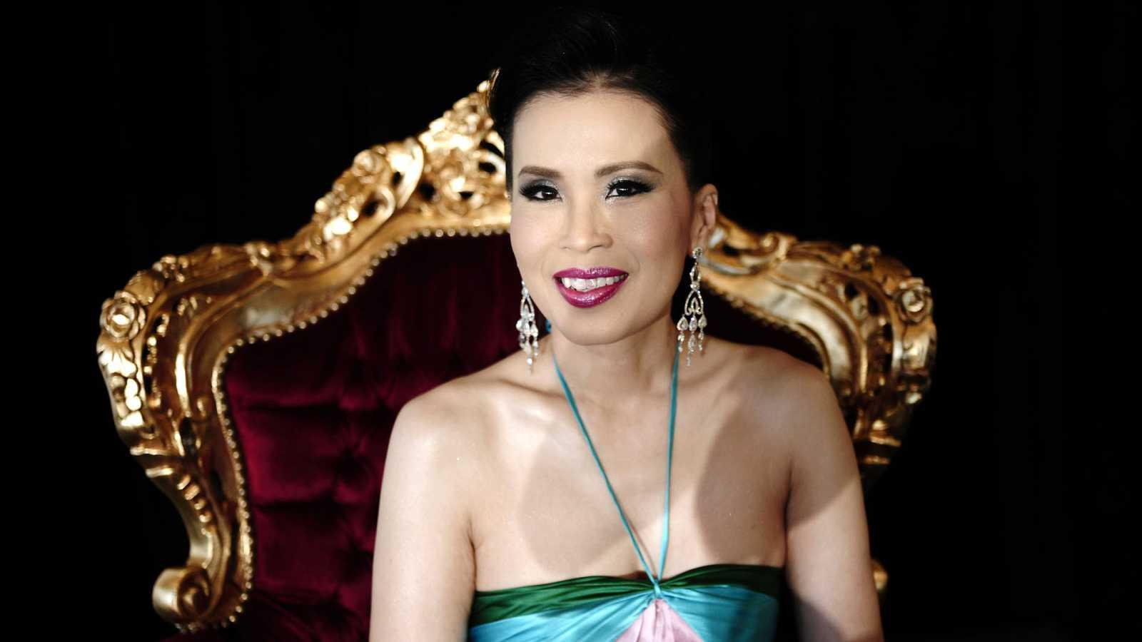 La princesa tailandesa se disculpa y se retira de la contienda electoral por orden del rey
