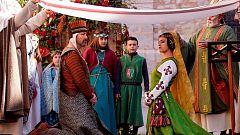 Miles de personas siguen la recreación del reencuentro de los amantes de Teruel