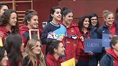 Carolina Marín recibe el apoyo de las 'leonas'