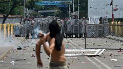 Enfrentamientos en la frontera entre Colombia y Venezuela por el paso de la ayuda humanitaria