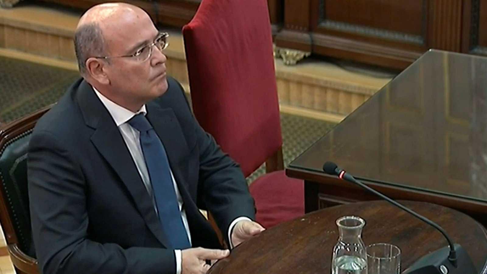 """Pérez de los Cobos asegura que el 1-O hubo grupos organizados para impedir mediante """"fuerza física"""" el trabajo de los agentes"""