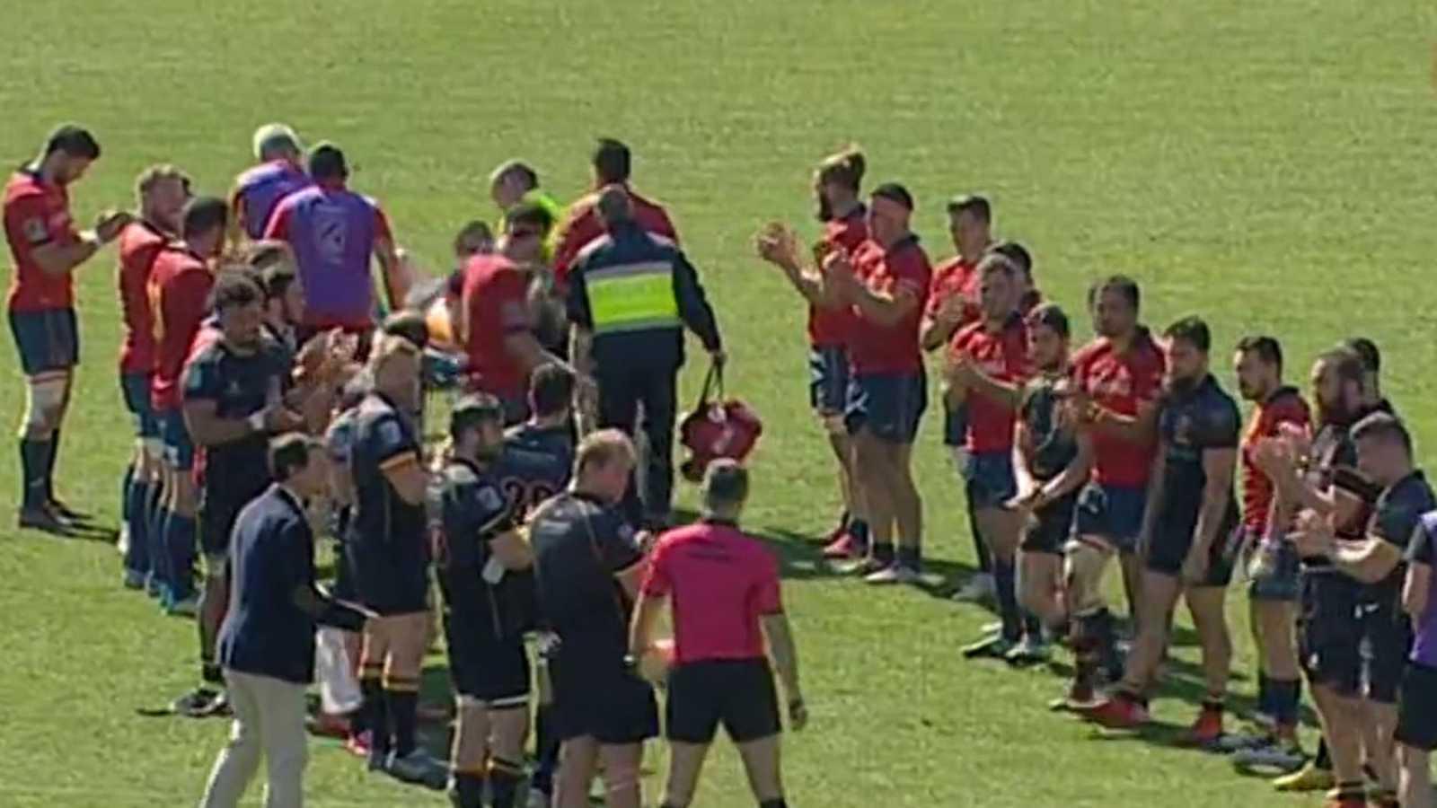 Lección de deportividad en el rugby ante la lesión de un rival