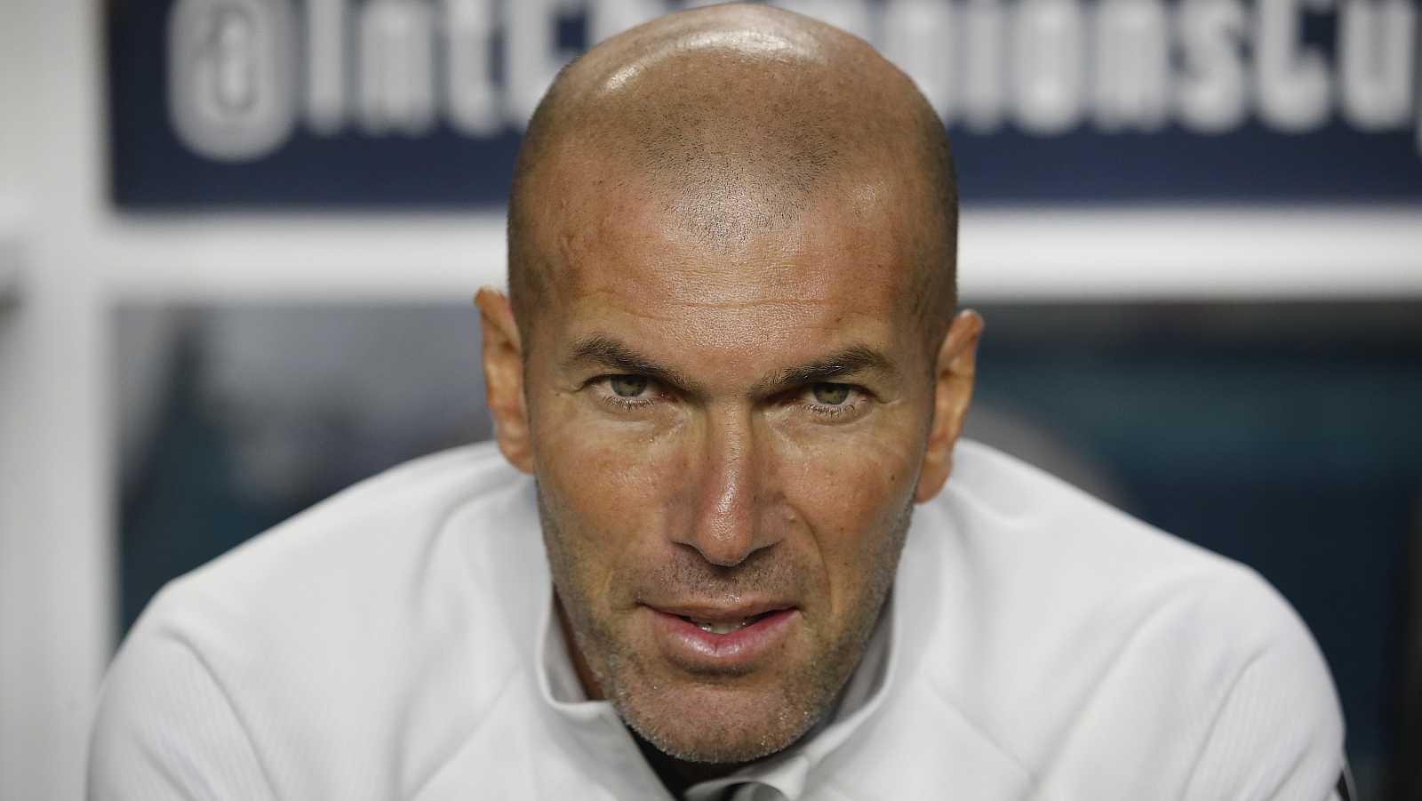 Zidane vuelve a entrenar al Real Madrid - rtve.es