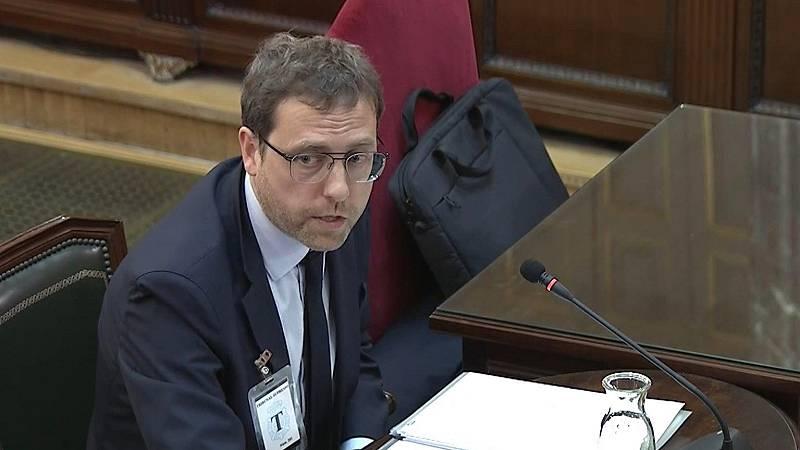 """El ex secretario general de Diplocat niega que pagaran a """"observadores internacionales"""" el 1-O"""