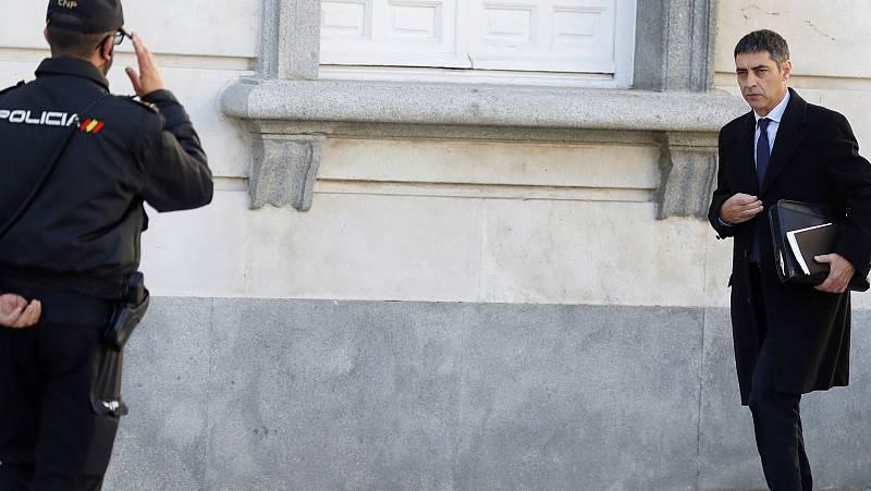 """Trapero defiende que la salida de la secretaria mediante un cordón policial era """"segura"""""""