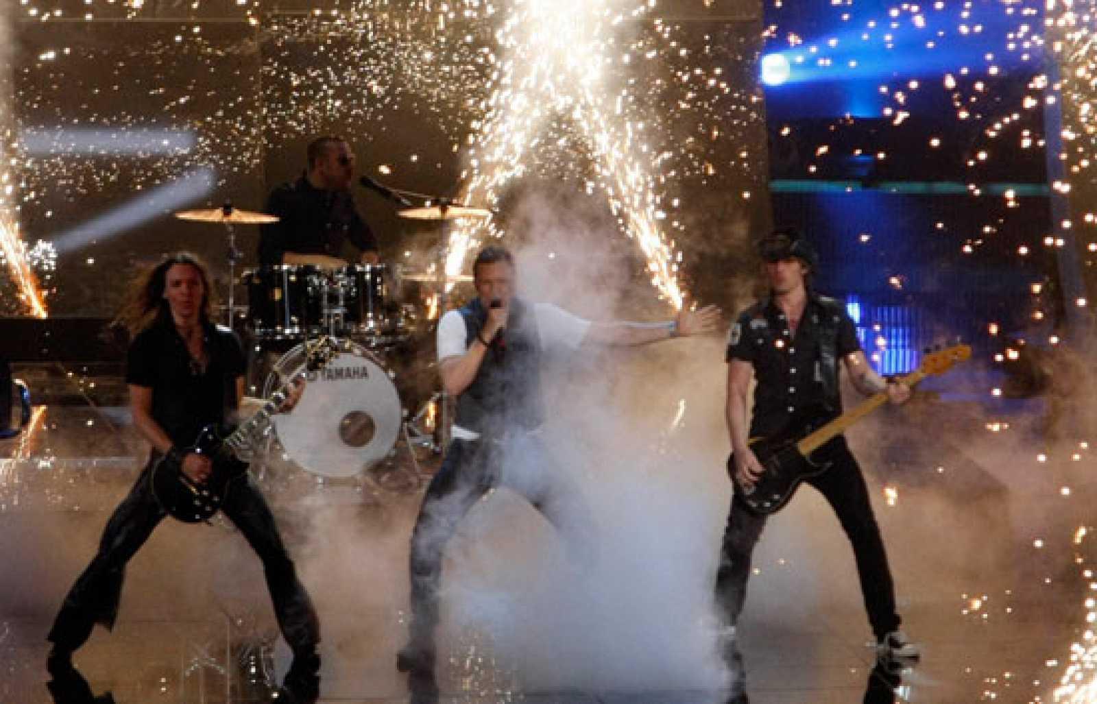 """Final de Eurovisión 2009 - Dinamarca: """"Believe again"""""""