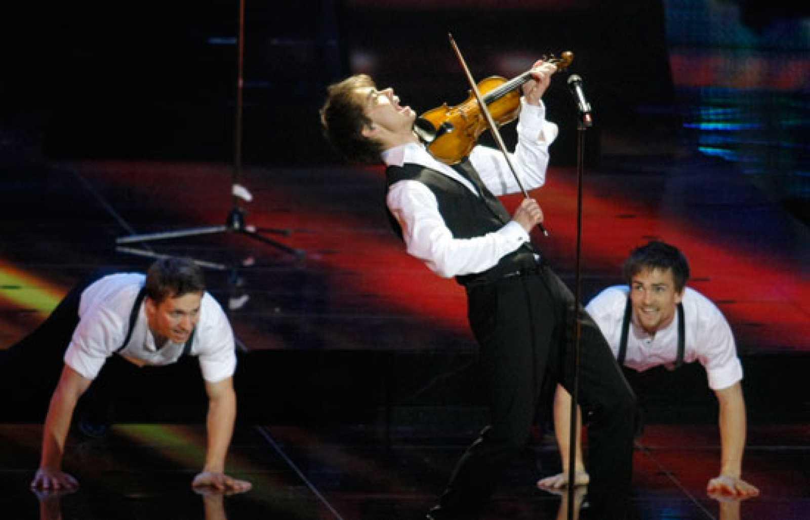 """Final de Eurovisión 2009 - Noruega: """"Fairytale"""" (Actuación final)"""