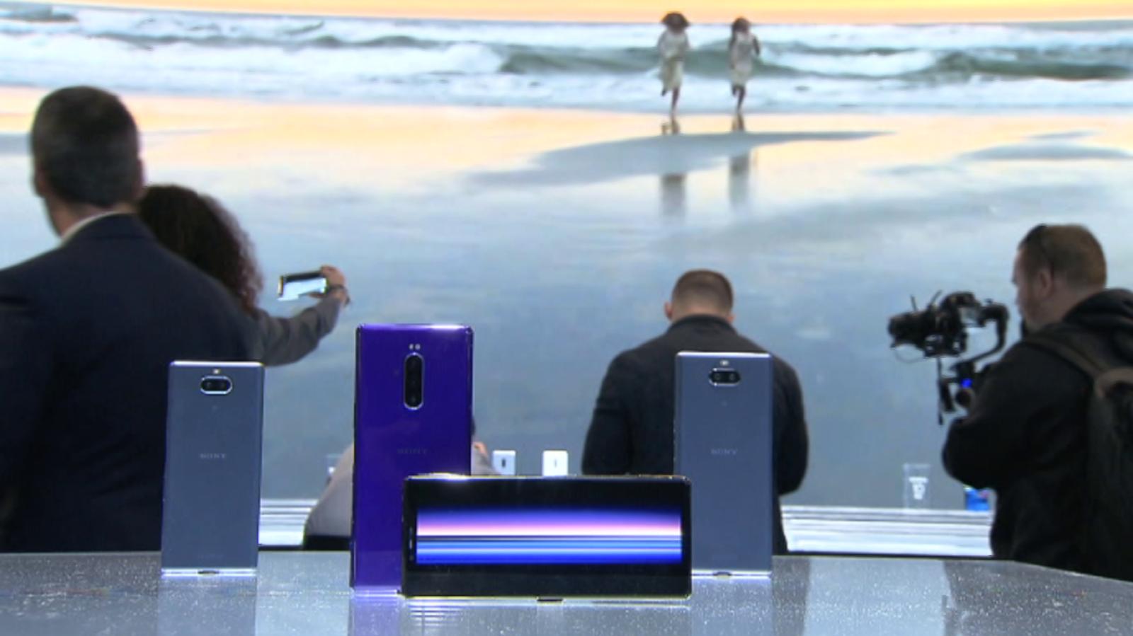 Zoom Net - Los nuevos Sony Xperia, 4YFN, Biotecnología e Inteligencia Artificial - ver ahora