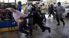 La policía de Nicaragua reprime una manifestación con detenciones y violencia