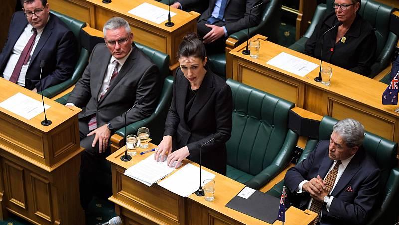 La primera ministra neozelandesa llama a dejar sin nombre al autor de la matanza de Christchurch
