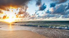Cielo nuboso en Baleares y área mediterránea con alguna lluvia