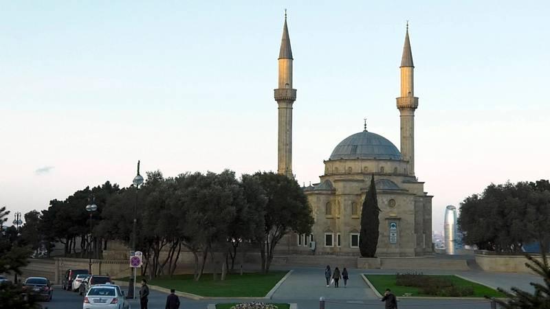 Españoles en el mundo - Azerbayán - ver ahora