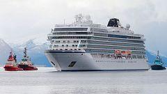 Complejo rescate de los pasajeros de un crucero en Noruega, que quedó a la deriva tras fallar los motores