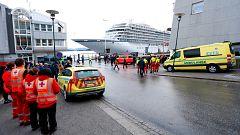 Llega a puerto el crucero que quedó a la deriva en Noruega con más de 1.300 personas a bordo
