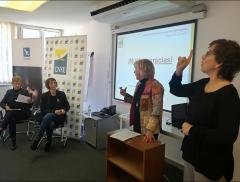 En Lengua de Signos - Personas sordas inmigrantes.