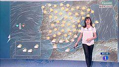 Hoy, chubascos en Canarias y despejado en la Península y Baleares