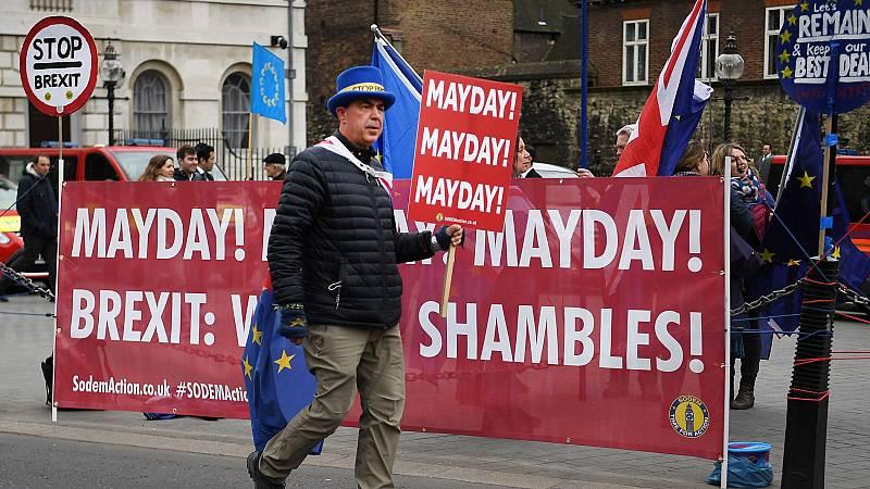 El Parlamento británico busca una alternativa al 'Brexit' de May