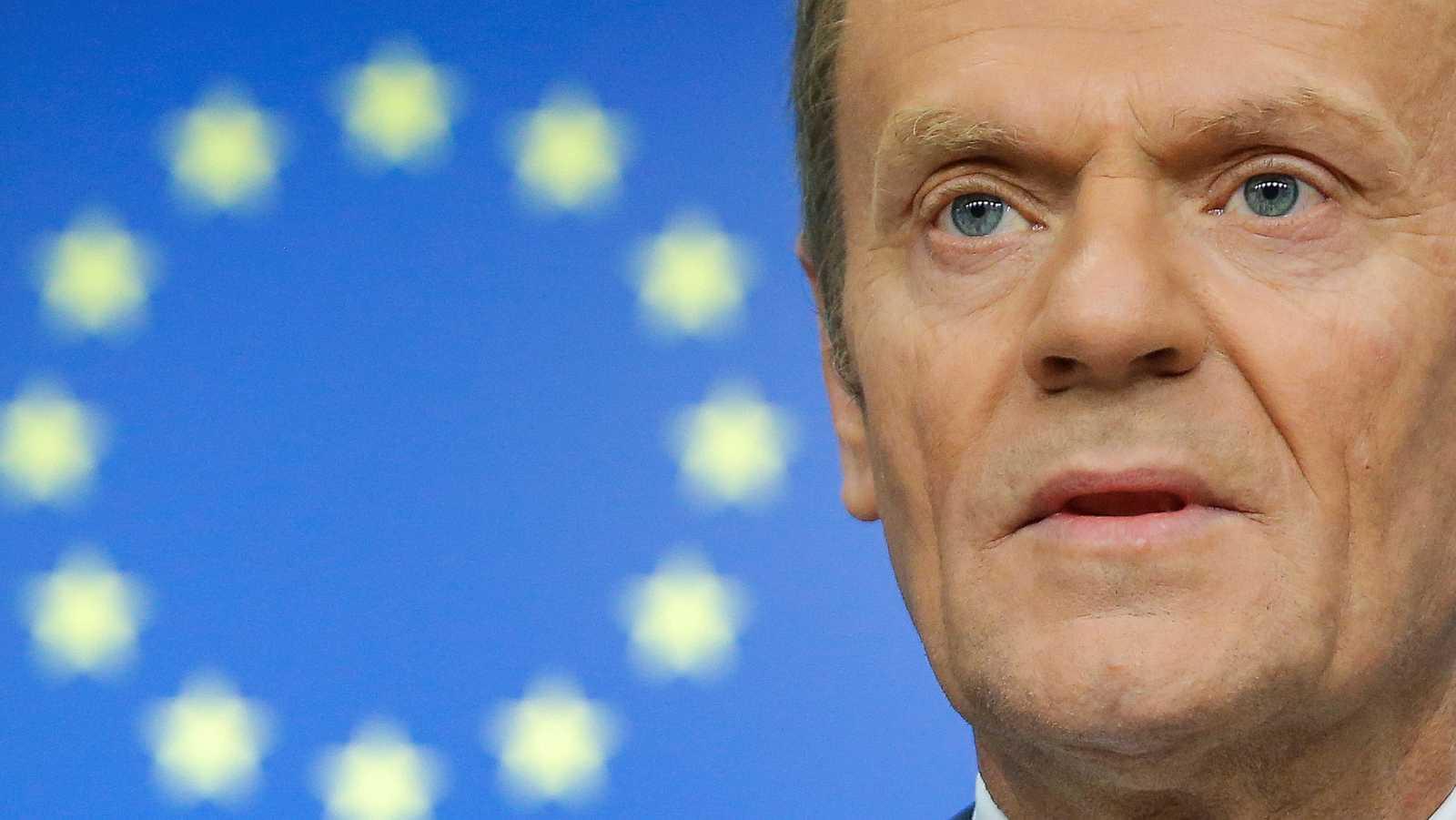 La UE convoca una cumbre de urgencia ante un posible 'Brexit' sin acuerdo