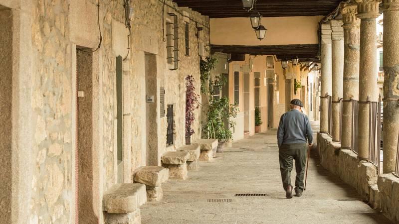 """Vecinos de los pueblos turolenses se sienten """"desprotegidos"""" ante la falta de servicios en su comarca"""