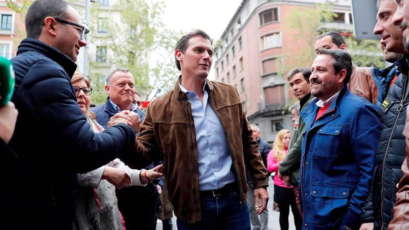 Los políticos muestran su apotyo al mundo rural en la manifestación de la 'España vaciada'