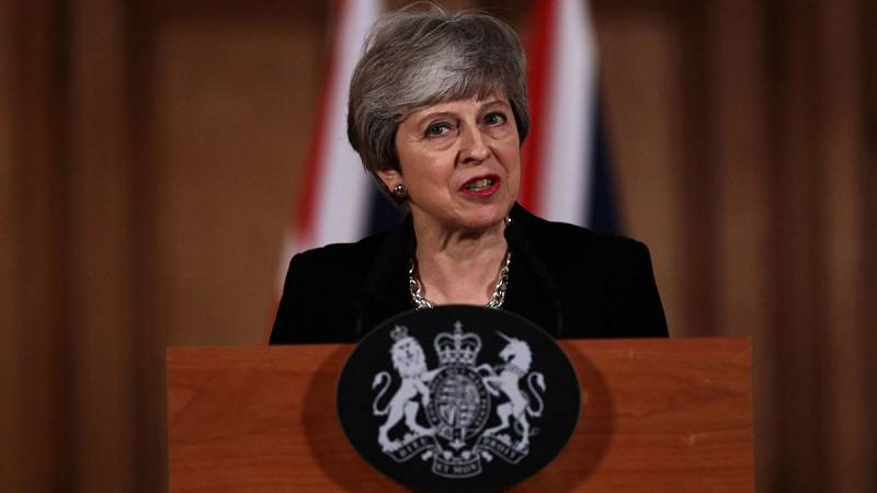 """May anuncia que solicitará una nueva prórroga """"corta"""" para el 'Brexit'"""