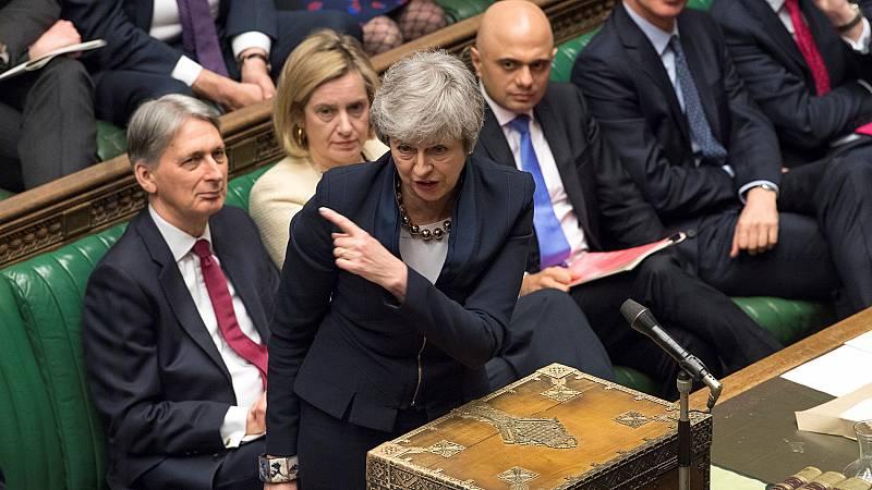 Los Comunes aprueban una ley para evitar un 'Brexit' sin acuerdo el próximo 12 de abril