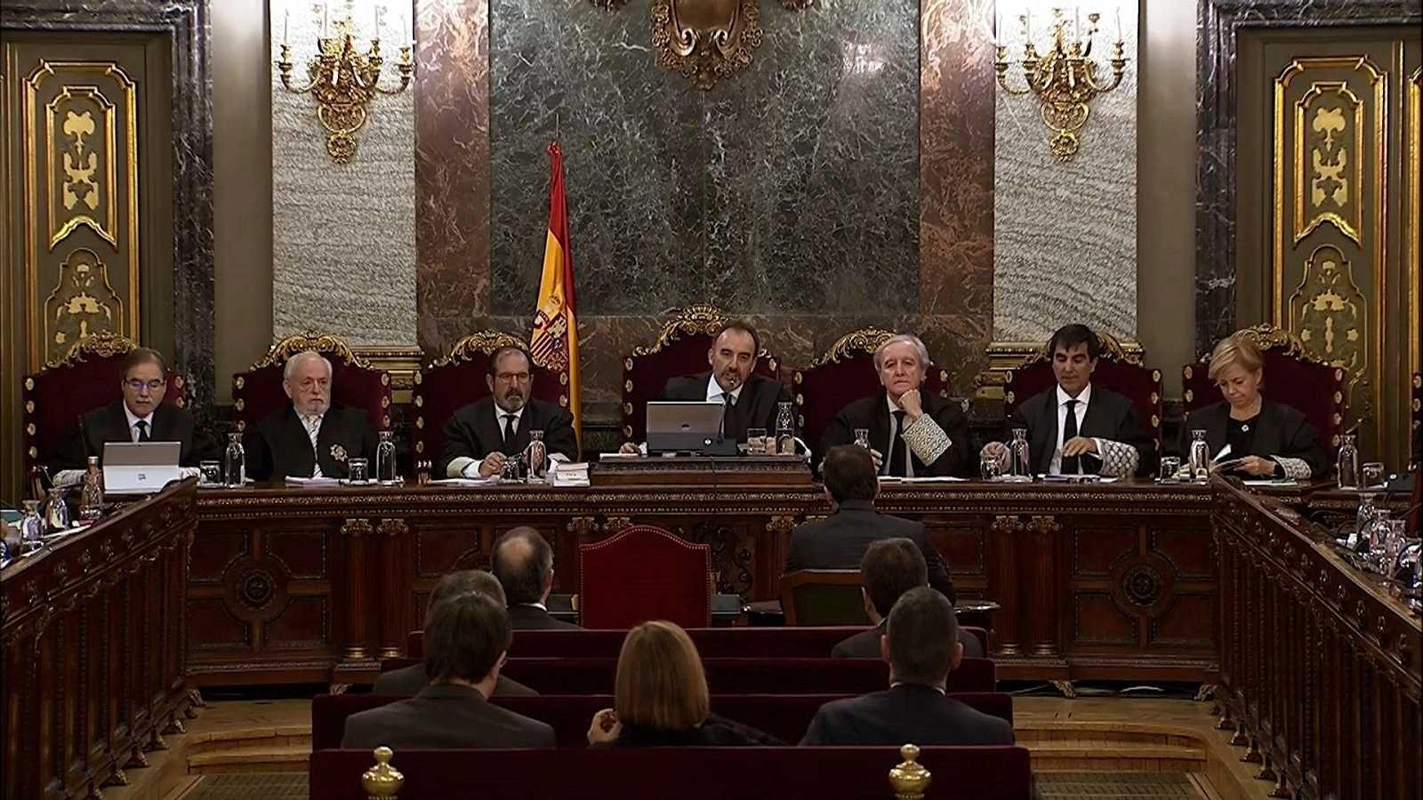 """Un segundo comisario asegura que Puigdemont contempló declarar la independencia el 1-O si había """"alguna desgracia"""""""