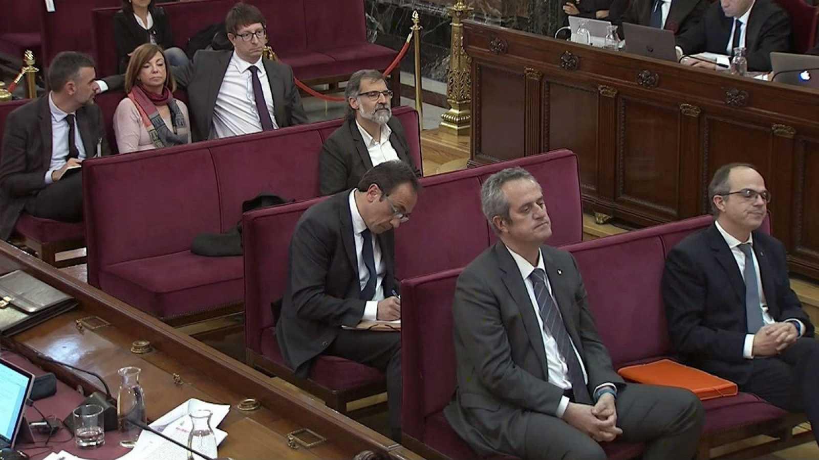 Un inspector de la Policía que coordinó el dispositivo del 1-O declara que fueron espiados por mossos