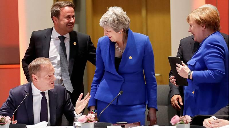 May defiende una prórroga corta del 'Brexit' ante los Veintisiete