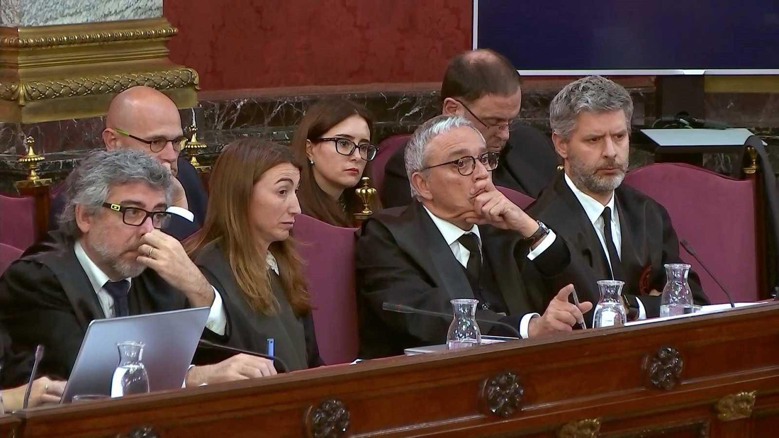 Un inspector relata cómo vieron a mossos recoger urnas cerrados ya los colegios para llevarlas a una comisaría
