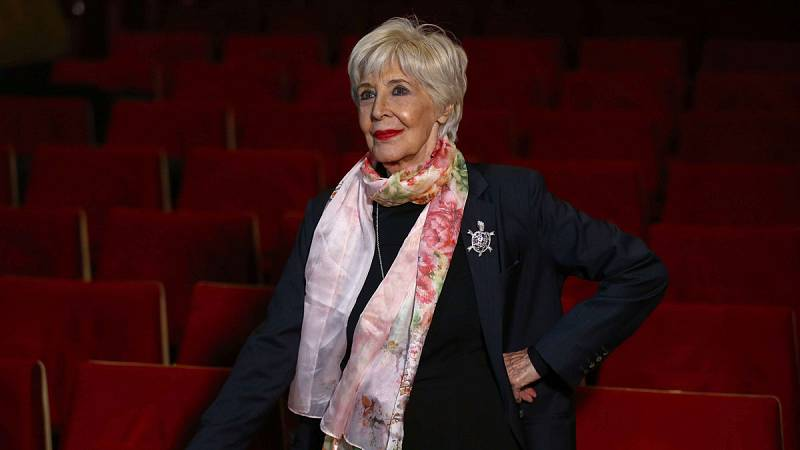 Concha Velasco, Max de Honor por su dedicación al teatro