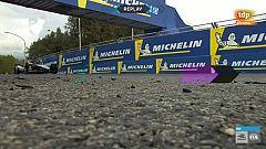 Espectáculo en la Fórmula E con los coches despegando del suelo