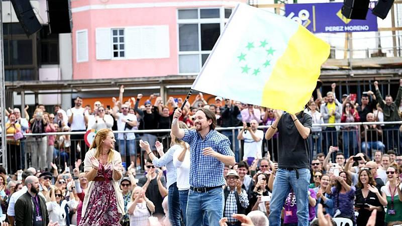 Iglesias ondea la bandera independentista canaria en un mitin patriótico