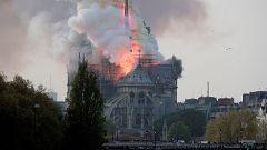 Un incendio devasta la catedral de Notre Dame en París