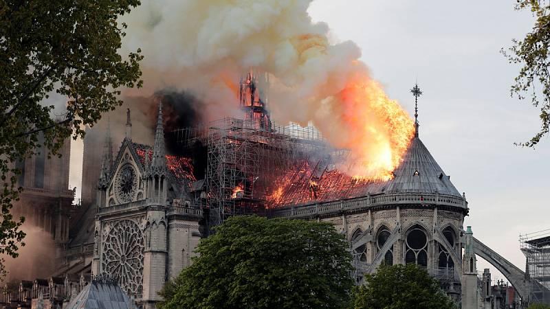Conmoción en París por el incendio en Notre Dame